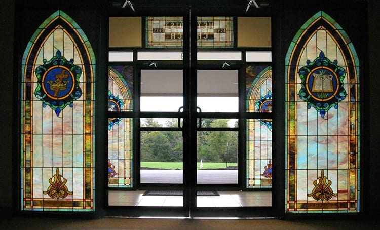 louisburg-methodist-stained-glass
