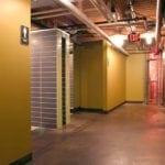 nara-restaurant-bathroom-hallway